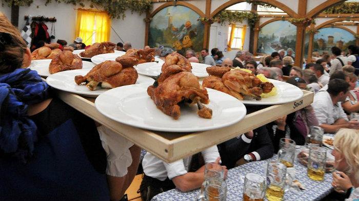 hendl-frango-munique-comida-tipica