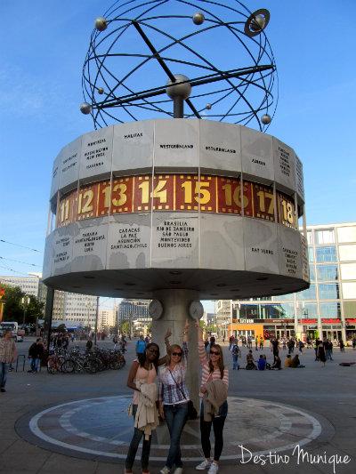 Berlim-Alexander-Platz-Destino-Munique