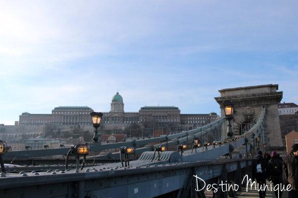 Budapeste-CastelodeBuda-PontedasCorrentes