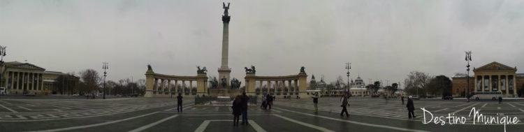 Budapeste-PracaHeroies