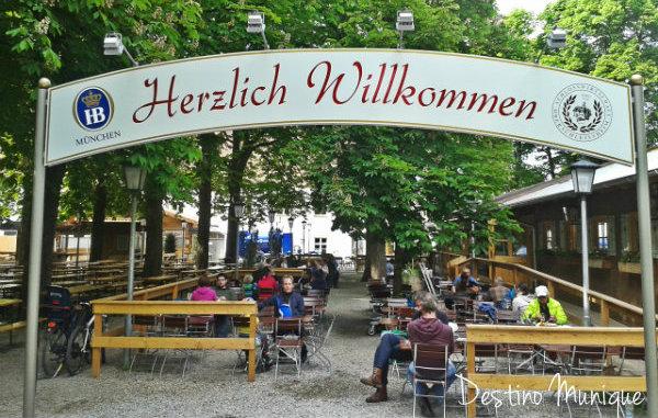 Catelo-Schleissheim-Biergarten1