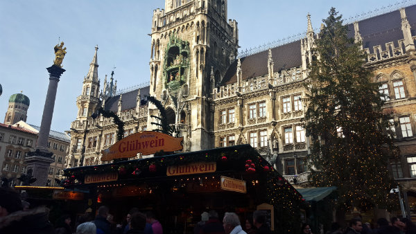 Mercados de Natal em Munique, Marienplatz, Tours