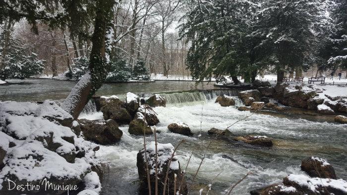 inverno-munique-eisbach