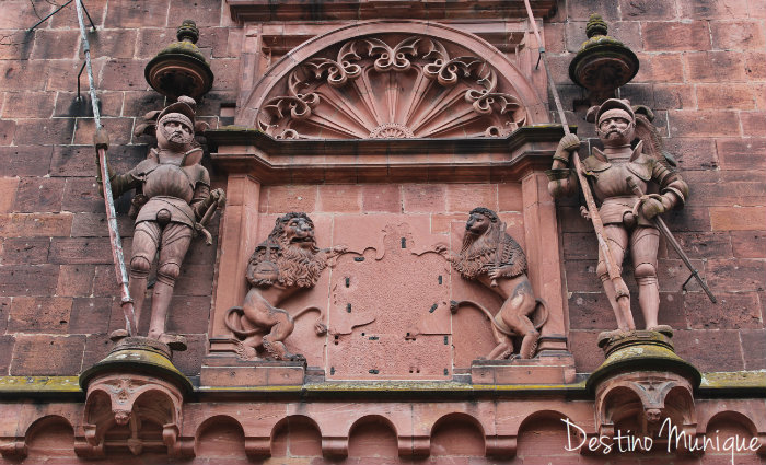 Castelo-Heidelberg-Alemanha-Leoes