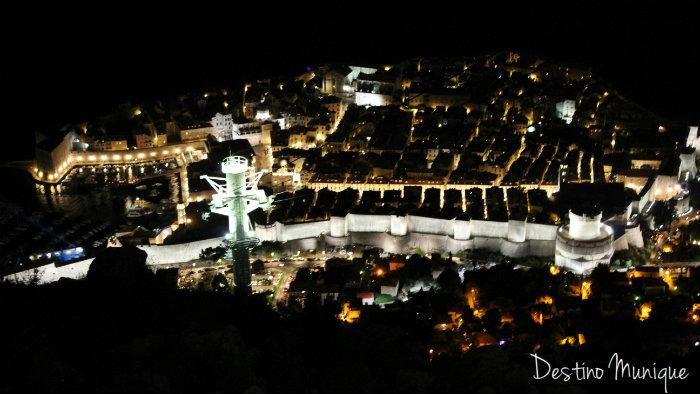 Dubrovnik-Noite-Teleferico