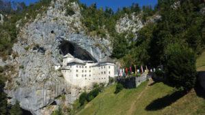 Eslovenia, Castelo Prediama