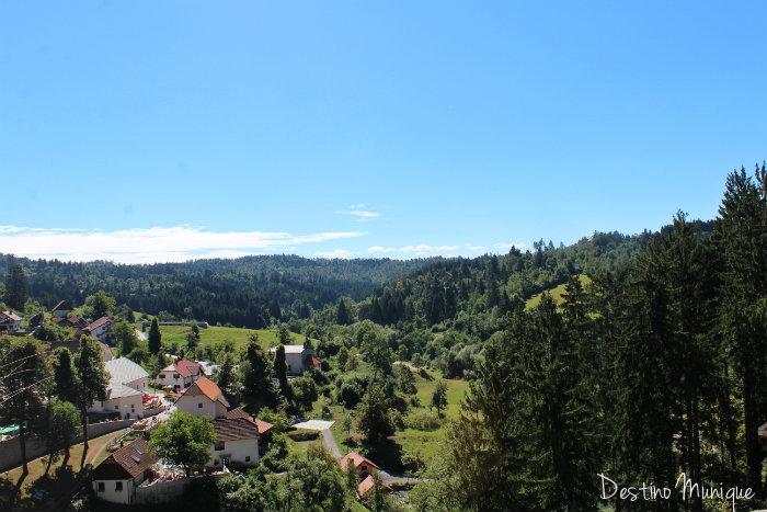 Eslovenia-Predjama-Castelo-Vista