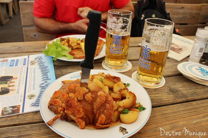 Tegernsee-Cervejaria-Joelho