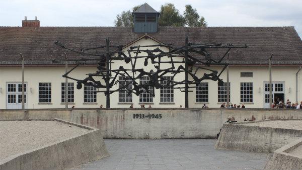 Guia brasileira em Munique, Tour Campo de Concentração Dachau