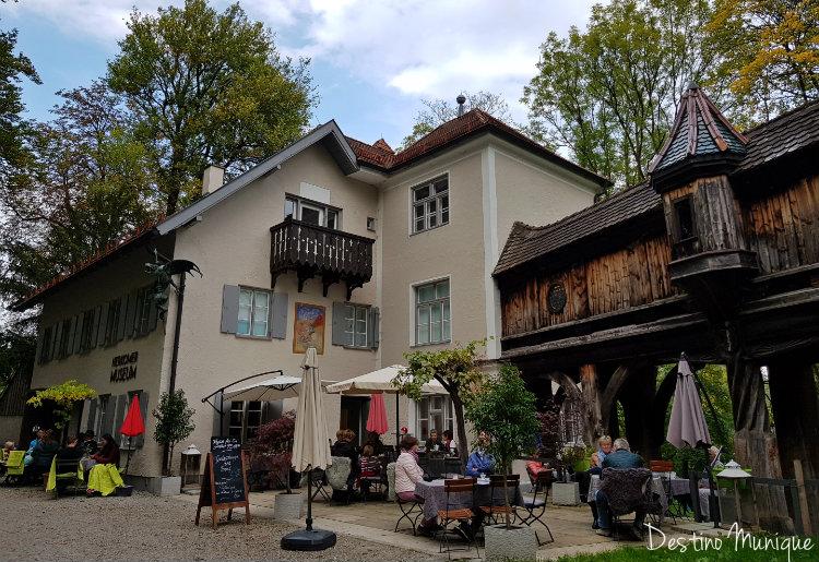 Landsberg-Cafe-Mutterturm